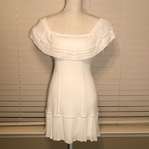 Dina Be White off the shoulders tie back dress